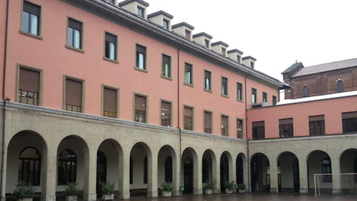 Salesiano Sant'Ambrogio suicidio