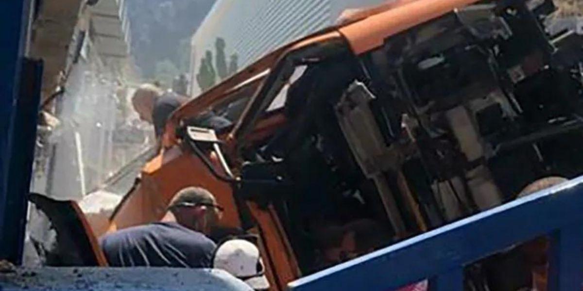 capri bus accident